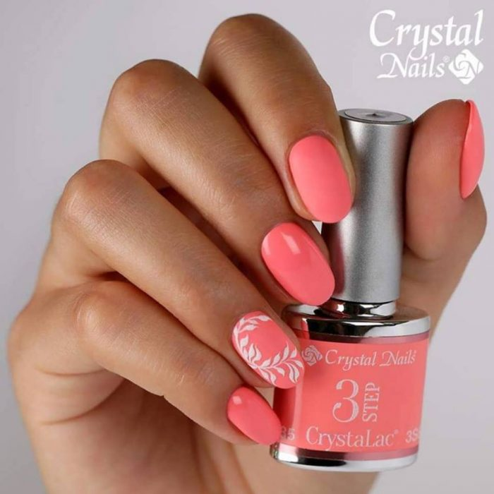 Cristal Nails by Sunshine and Nails oude pekela